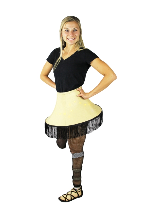 1709_Costume-LegLamp